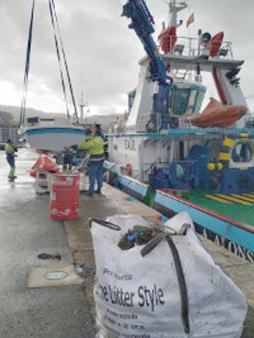 A Autoridade Portuaria programa varias xornadas de limpeza submarina das súas dársenas